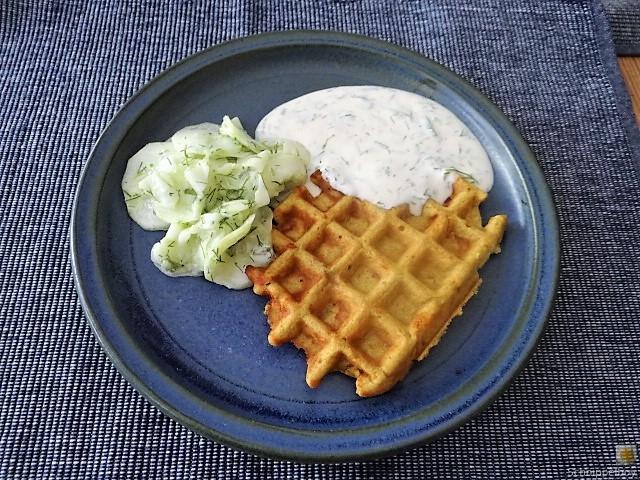 Käse_Schinkenwaffel mit Joghurt-Zitronen-Dill Dip (18)