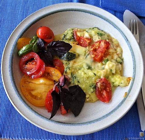 Polenta mit Babyspinat und Tomaten (1)