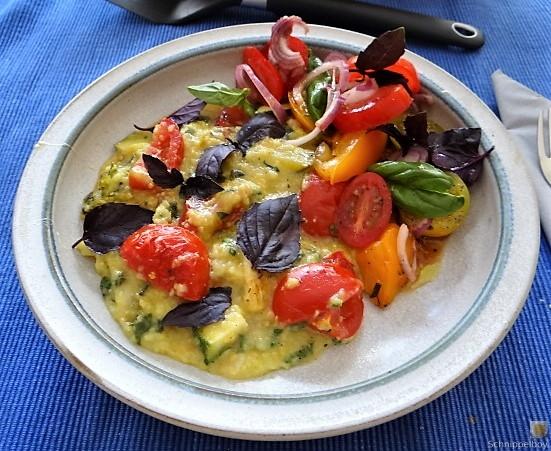 Polenta mit Babyspinat und Tomaten (2)