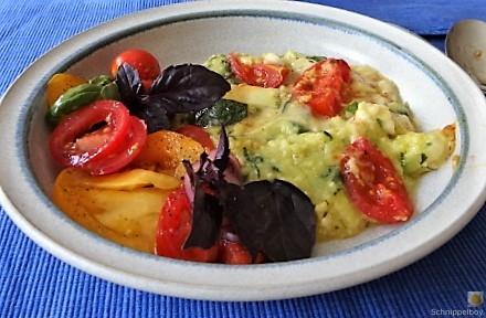 Polenta mit Babyspinat und Tomaten (23)