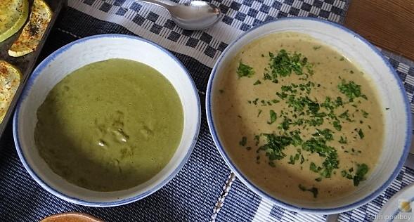 Zucchini und Spinatsauce, gebratene Zucchinischeiben, Erbsenschoten, Eier (15)