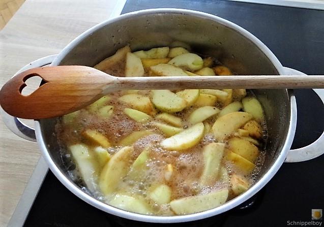 Scholle, Pflücksalat, Queller und Apfelkompott (15)