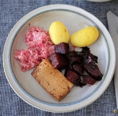 Seidentofu,Rote Bete,Rettichsalat (2)