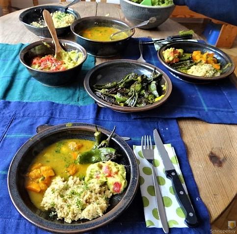 Kürbiscurry,Couscous, Guacamole,Salat (25).JPG