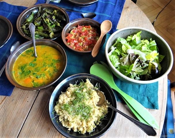 Kürbiscurry,Couscous, Guacamole,Salat (4)