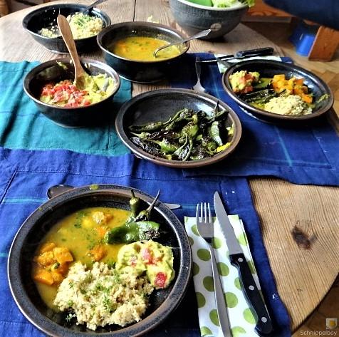 Kürbiscurry,Couscous, Guacamole,Salat (5)