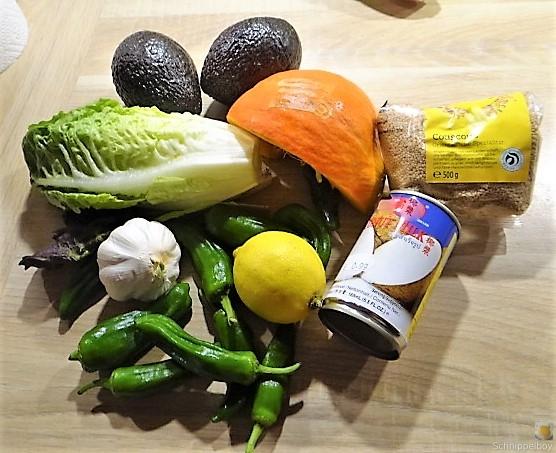 Kürbiscurry,Couscous, Guacamole,Salat (8).JPG