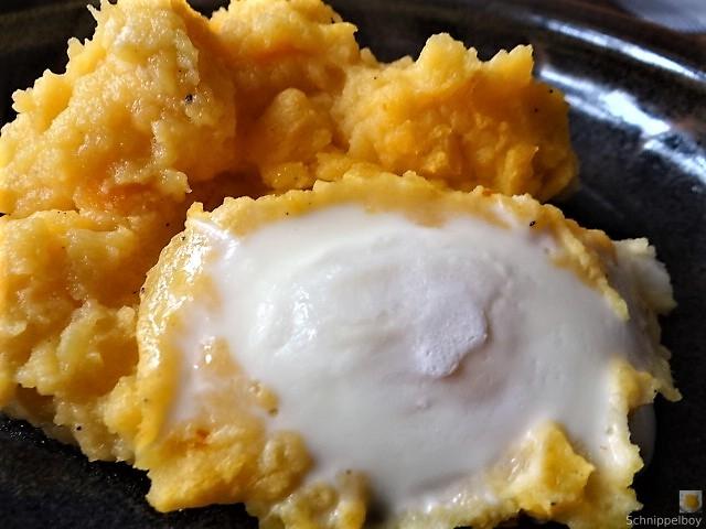 Steckrübe mit versunkenen Eiern (3)