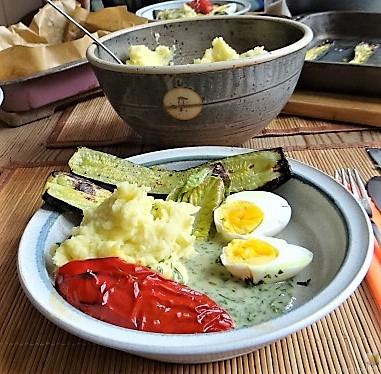 Eier in Kräutersauce (4)