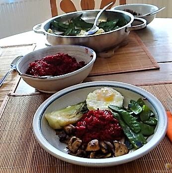 Roter Reis und Gemüse (4)
