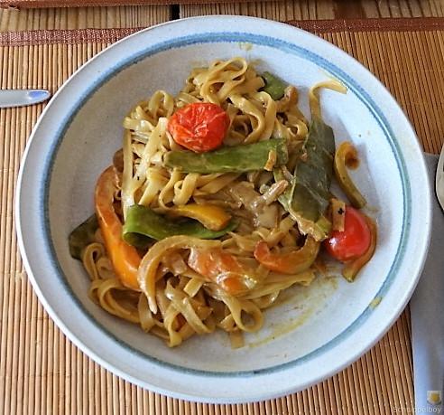 Wokgemüse mit Reisnudeln (1)