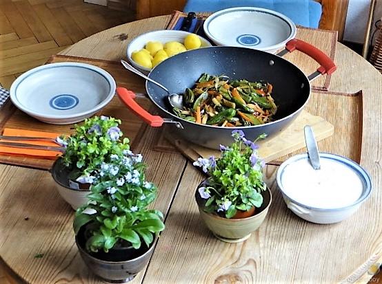 Wokgemüse und Erbs-Ricotta Creme (18)