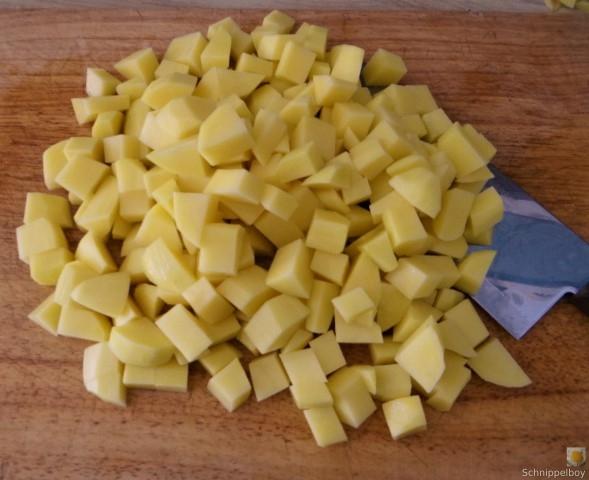 Löwenzahnsalat,Grüner Spargel,Rohgebratene Kartoffelwürfel (10)