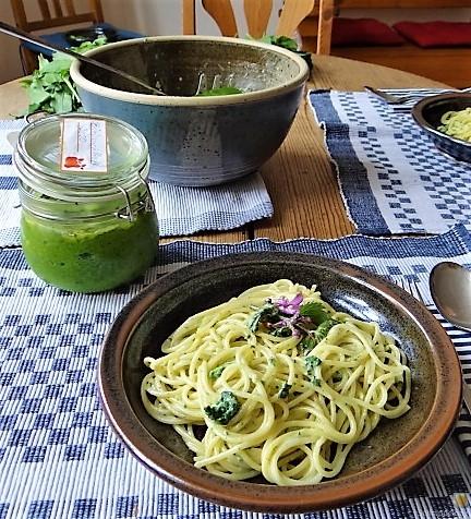 Spaghetti mit Gorgonzola-Brennesselsauce (5)