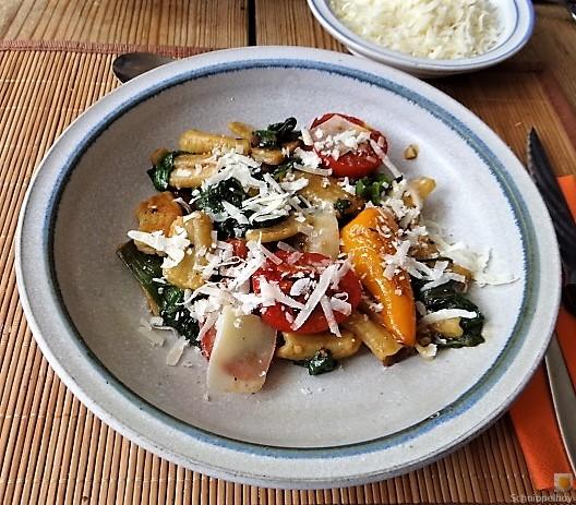 Gemüse-Nudel Pfanne (1)