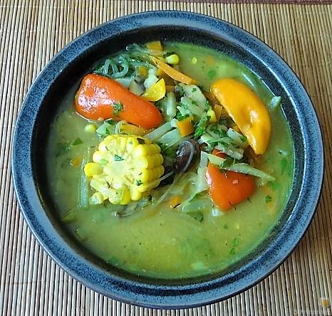 Gemüsesuppe mit Glasnudeln (5)