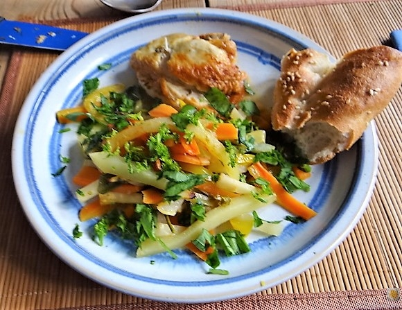 Hähnchenbrust im Gemüsebett (2)