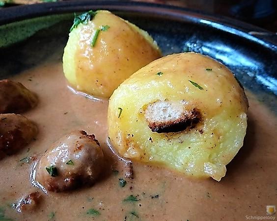 Kleine Klöse, Kleine Fleischbällchen,Pilze, Sauce (22)