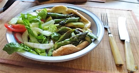 Omlette,Spargel, Salat (1)