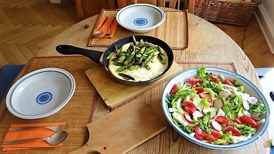 Omlette,Spargel, Salat (17)