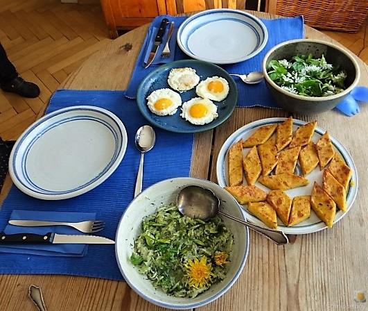 Polenta, Salate und Spiegelei (5)