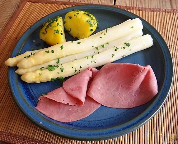 Spargel,Rinderschinken,Erdbeeren (17)