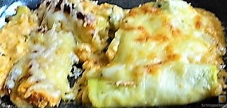 Zucchini und Kartoffelröllchen mit Fetacreme (25)