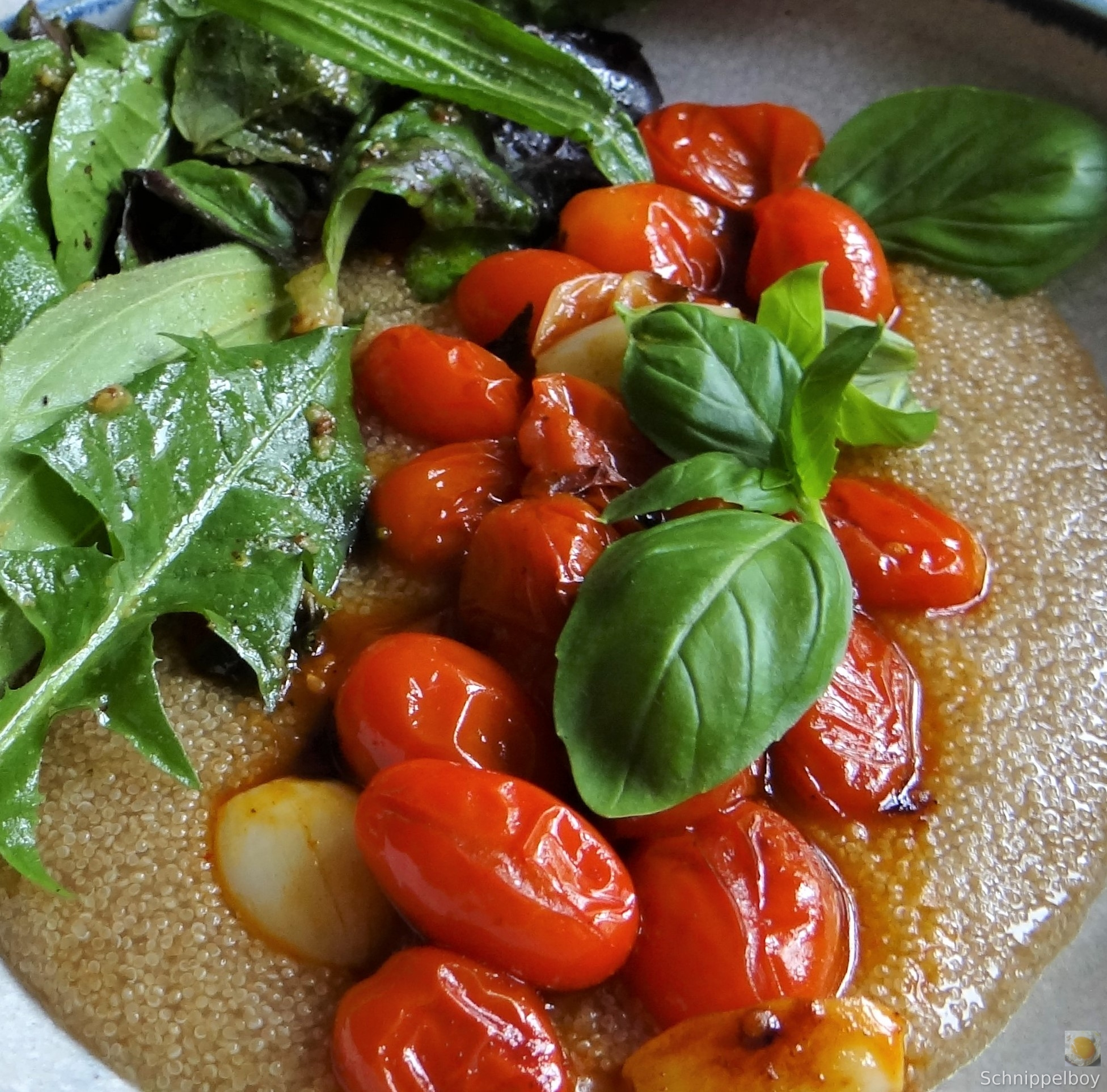 Amaranth, Wildkräutersalat und Tomaten (4)