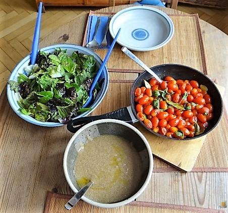 Amaranth, Wildkräutersalat und Tomaten (6)