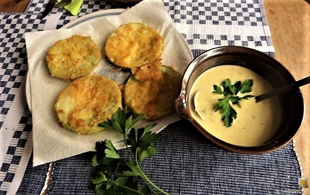 Frittierte-Zucchini-mit-Gorgonzolasauce-24