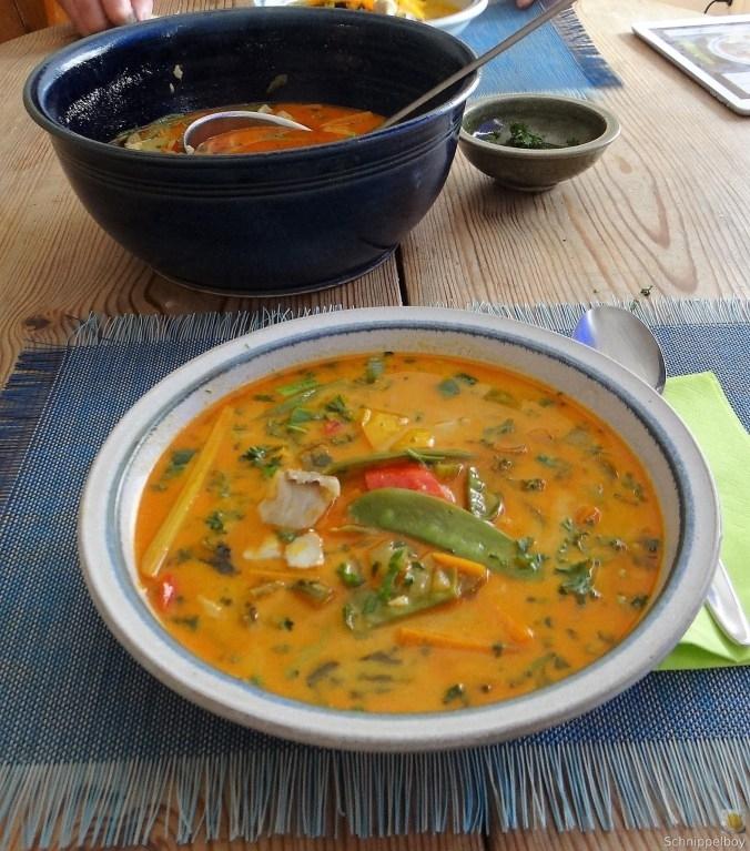 Kokossuppe-mit-FischErdbeeren-11