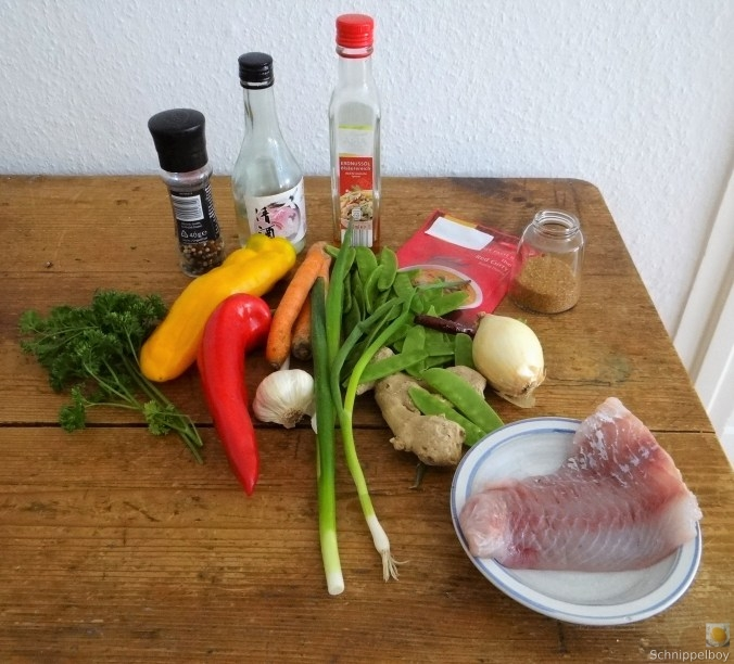 Kokossuppe-mit-FischErdbeeren-4