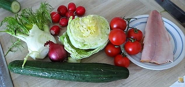 Bunter Salat mit Salat und Eiern (7)