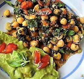 Kichererbsensalat mit Guacamole (5)