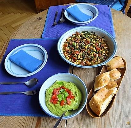 Kichererbsensalat mit Guacamole (7)