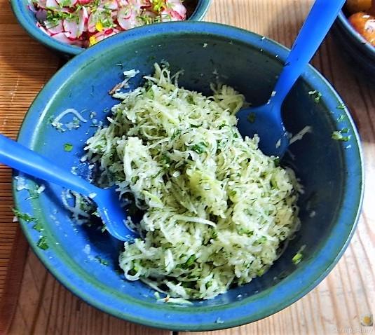 Ofenkartoffel mit Kohlrabi und Radieschensalat (18)