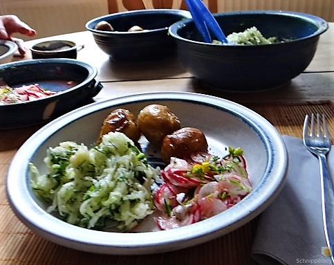 Ofenkartoffel mit Kohlrabi und Radieschensalat (5)