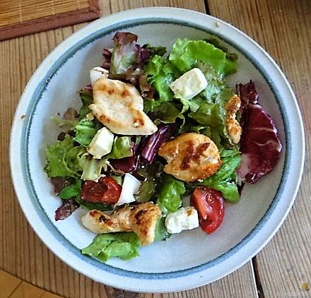 Pflücksaltat und Radicchio mit Hühnerbrustfilet (3)