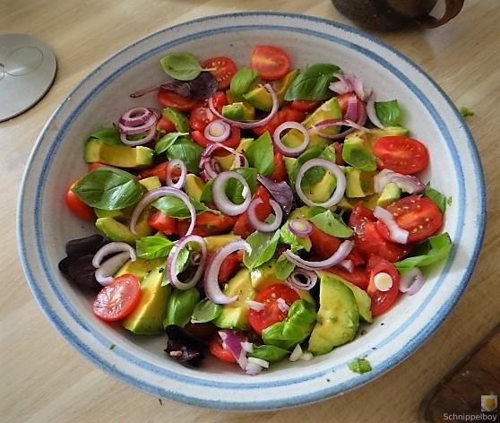 Spaghetti mit Gorgonzolasauce und Bunter Salat (9)