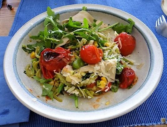 Buchweizenpasta mit verschiedenen Gemüsen (17)