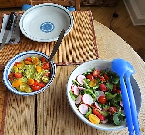 Ofen Zucchini mit Guacamole und Kloßscheiben vom Vortag (24)