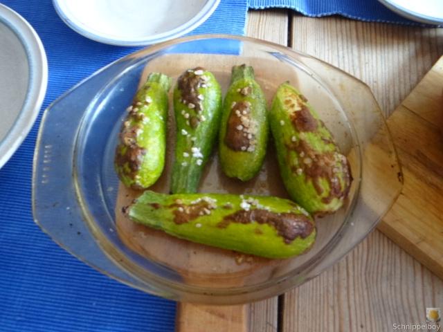 Spitzpaprika in Kokosmilch mit Minizucchini und Reisnudeln (15)