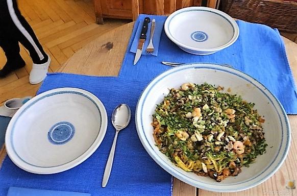 Zucchini Zoodles, Gemüse und Meeresfrüchte (5)