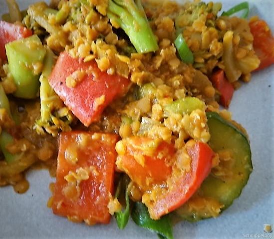 Gedünstetes Gemüse mit roten Linsen (5)